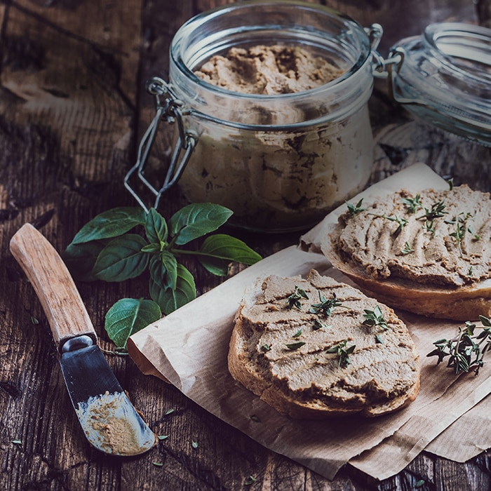 Landschlachterei Krischke Wurst auf Brot